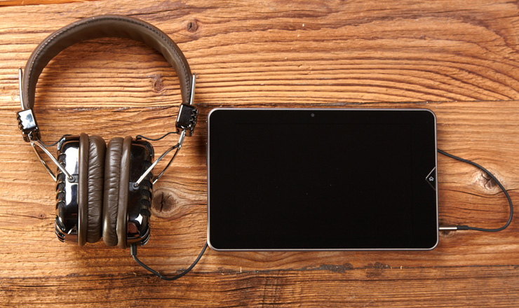5 Podcasts You Should Be Listening To Right Now